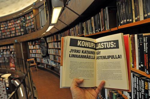 4カ国目、スウェーデン 図書館、墓地、動かない時計の針
