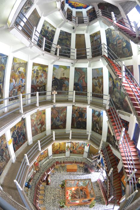 メヒコ追憶03 ヴァスコンセロス図書館、ハニッツィオ島、そしてペンションアミーゴ