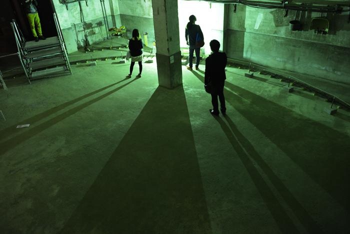 滋賀01 琵琶湖ビエンナーレ 近江八幡、蔵の中の泡沫