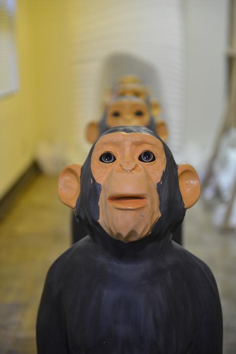 THE MIRROR 銀座の向こう側。幽体離脱、猿の群れ、はぐれメタル