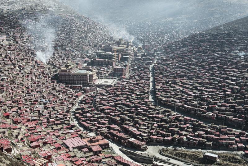 本日は18時までの営業、そして浅井チベットへ。。